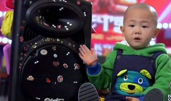 Zhang Junhao - 3 Year Old Dancing Kid