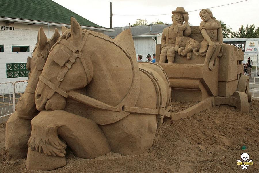 Carl Jara - Oktoberfest sand sculpture 2