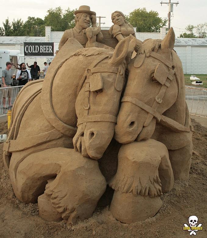 Carl Jara – Oktoberfest Sand Sculpture – Featured