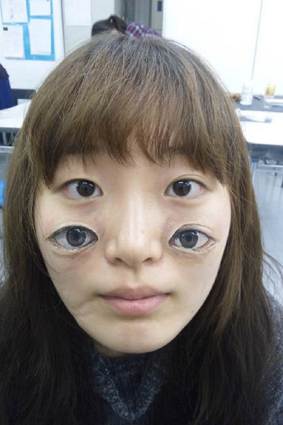 Chooo San makeup artist