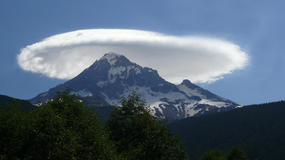 Lenticular Clouds, Mountainous Areas