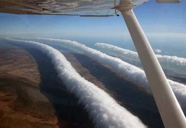 Morning Glory Clouds, Australia