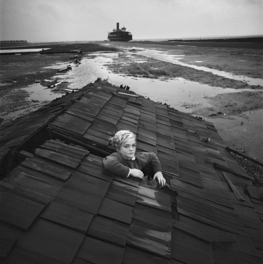Arthur Tress - children surreal nightmare  6985425