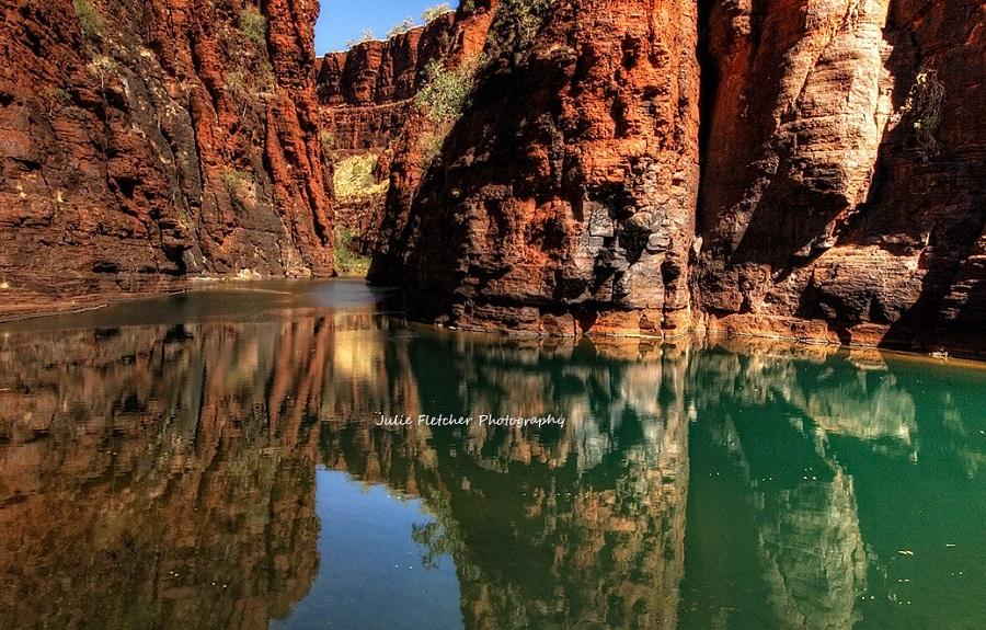 julie-fletcher-Red Gorge Karijini Western Australia
