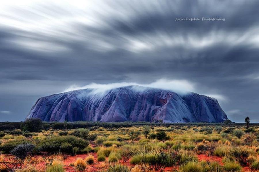 julie-fletcher-australia-Kantju Gorge- Uluru Red Centre Northern Territory