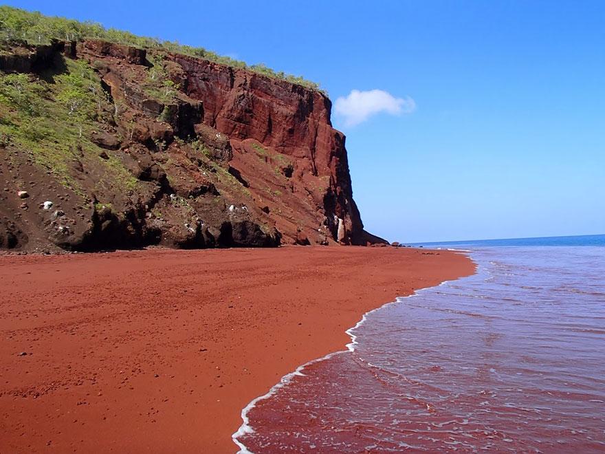 11-Red Sand Beach, Rabida, Galapagos