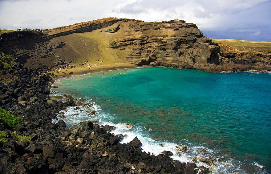 9-Papakōlea Green Sand Beach, Hawaii