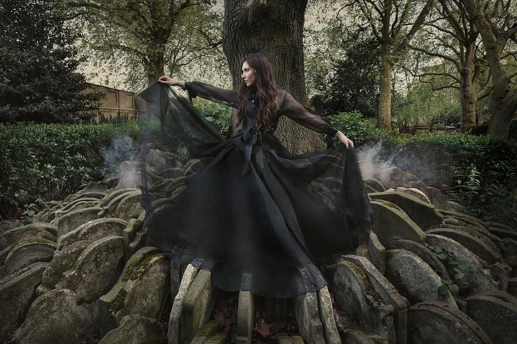 Rebecca Litchfield Photography - UnderWorld - Daeira - The Knowing