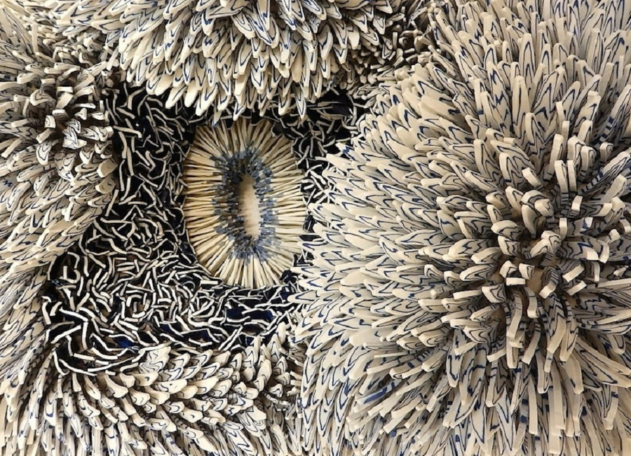 Zemer Peled S Beautiful Ceramic Shards Sculpture Moments