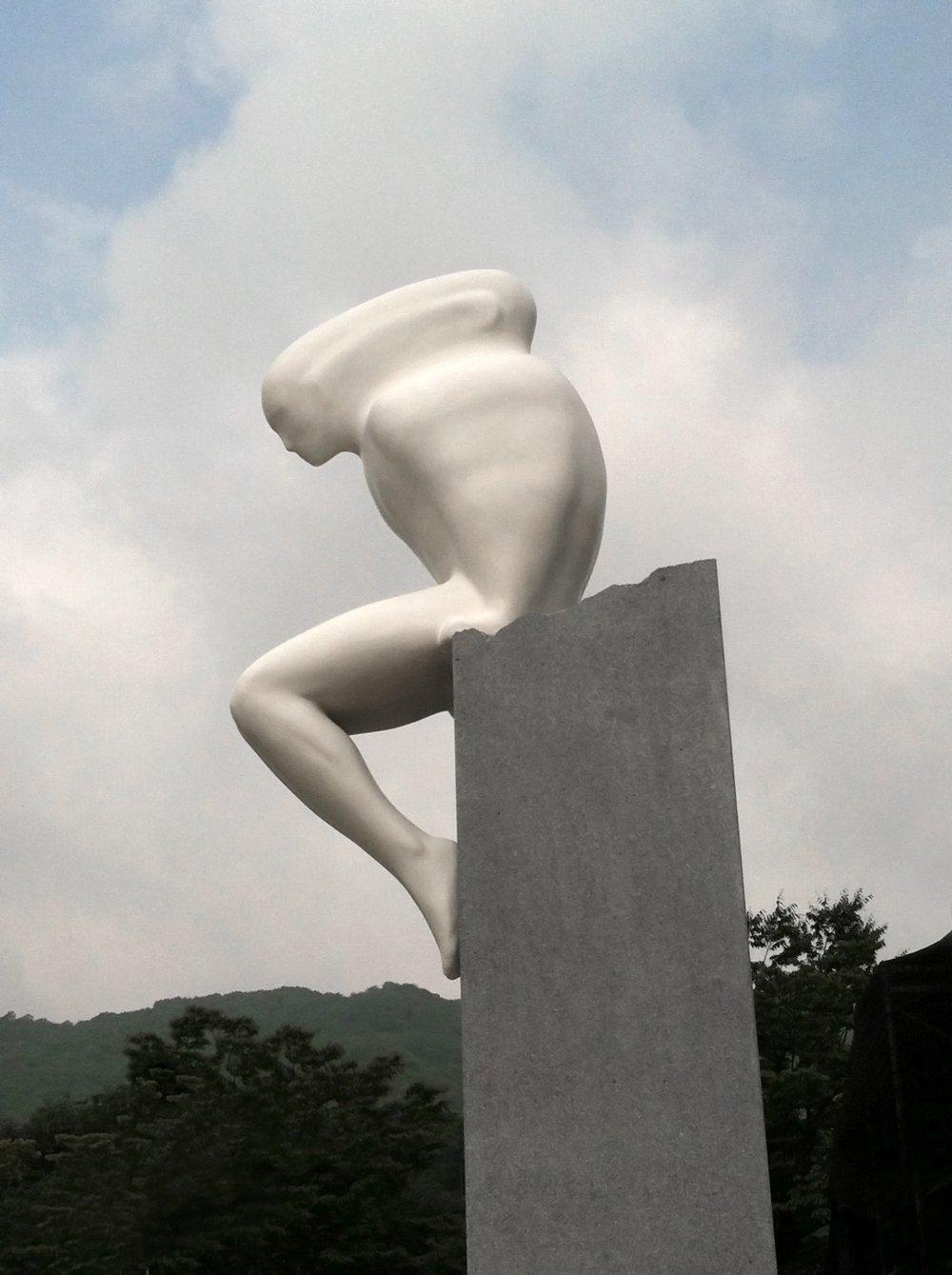 Emil Alzamora-Sculpture_Oscillator2