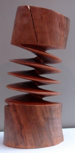 Xavier Puente Vilardell's Sculpture: The art of wood carving, twisting and curling