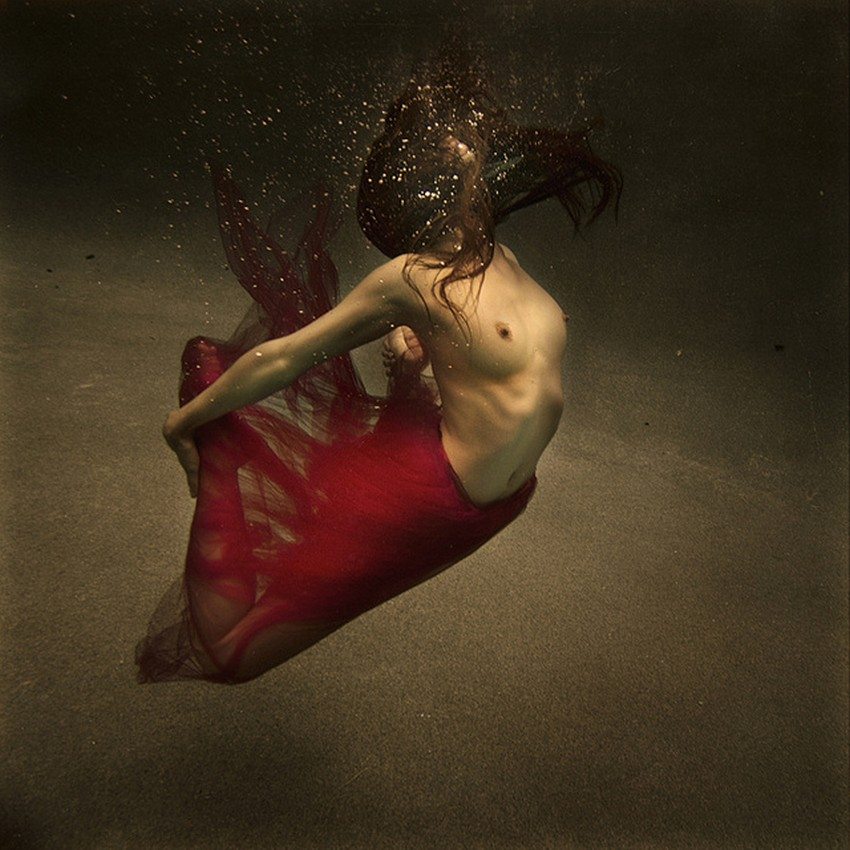 Brooke Shaden-Surreal-Photography-cbb0c2_z