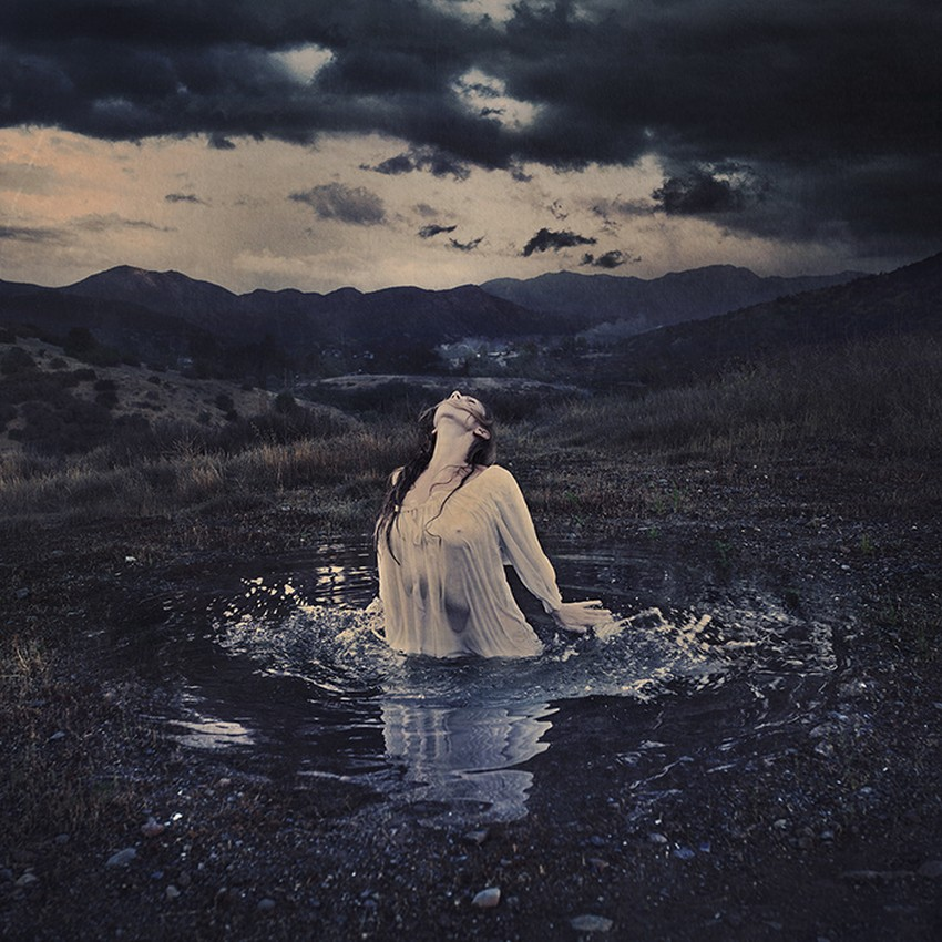 Brooke Shaden-Surreal-Photography-f5e339_b