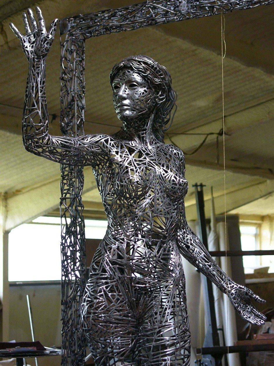 Jordi Diez Fernandez -Steel Sculptures 47436