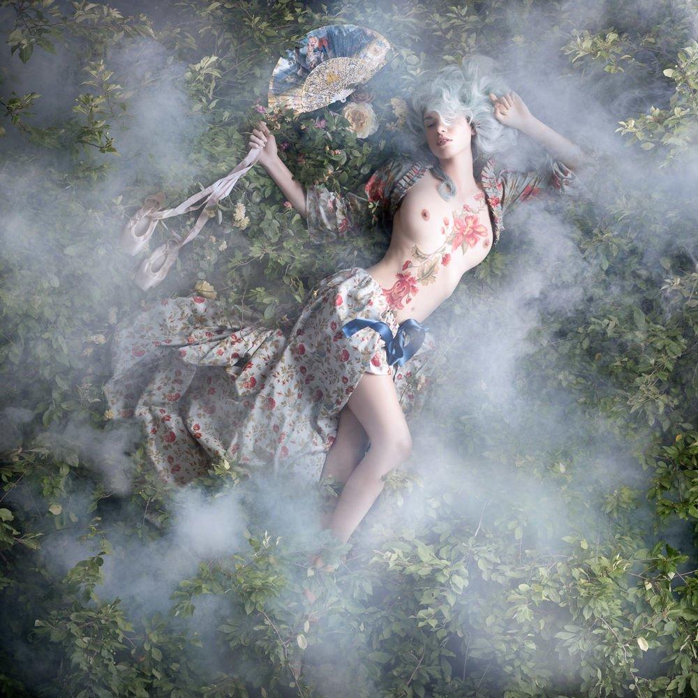 Alexia Sinclair Photography Rococo 7362