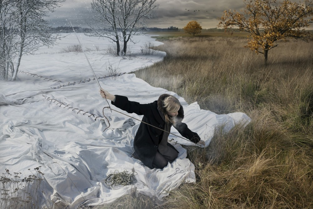 Erik Johansson surreal photo expecting-winter