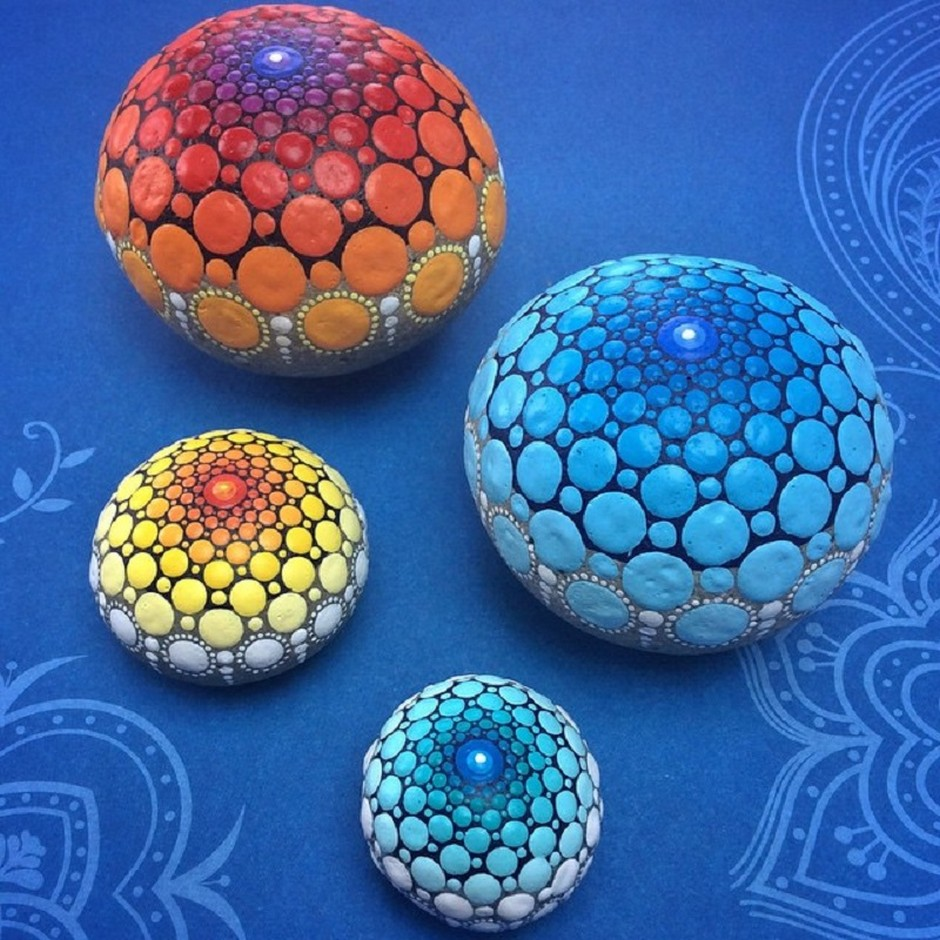 Connect The Colors >> The colorful 'Mandala Stones' of Elspeth McLean -- beautiful, serene and hypnotic | MOMENTS Journal