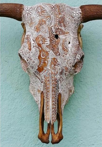 Jason Borders Bones Carved-skull-123
