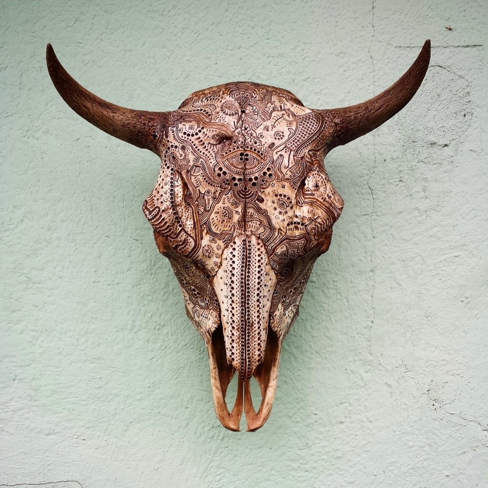 Jason Borders Bones Carvings-buffalo-164738