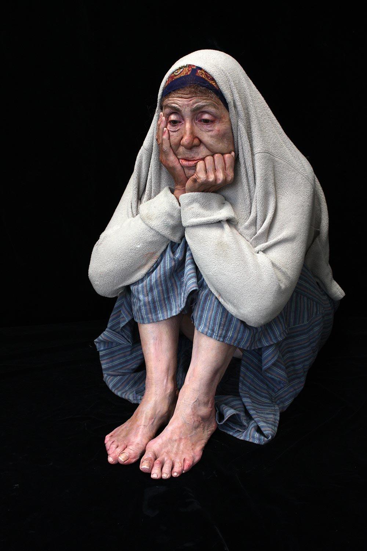 Marc Sijan Hyperrealistic Sculpture -Cornered
