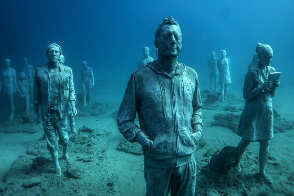 Jason_deCaires_Taylor_sculpture-under water Museum-02533