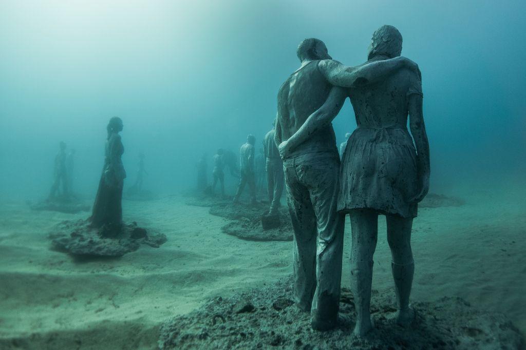 Jason_deCaires_Taylor_sculpture-under water Museum-02576
