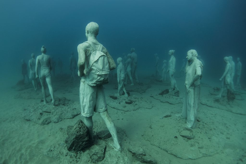 Jason_deCaires_Taylor_sculpture-under water Museum-02585