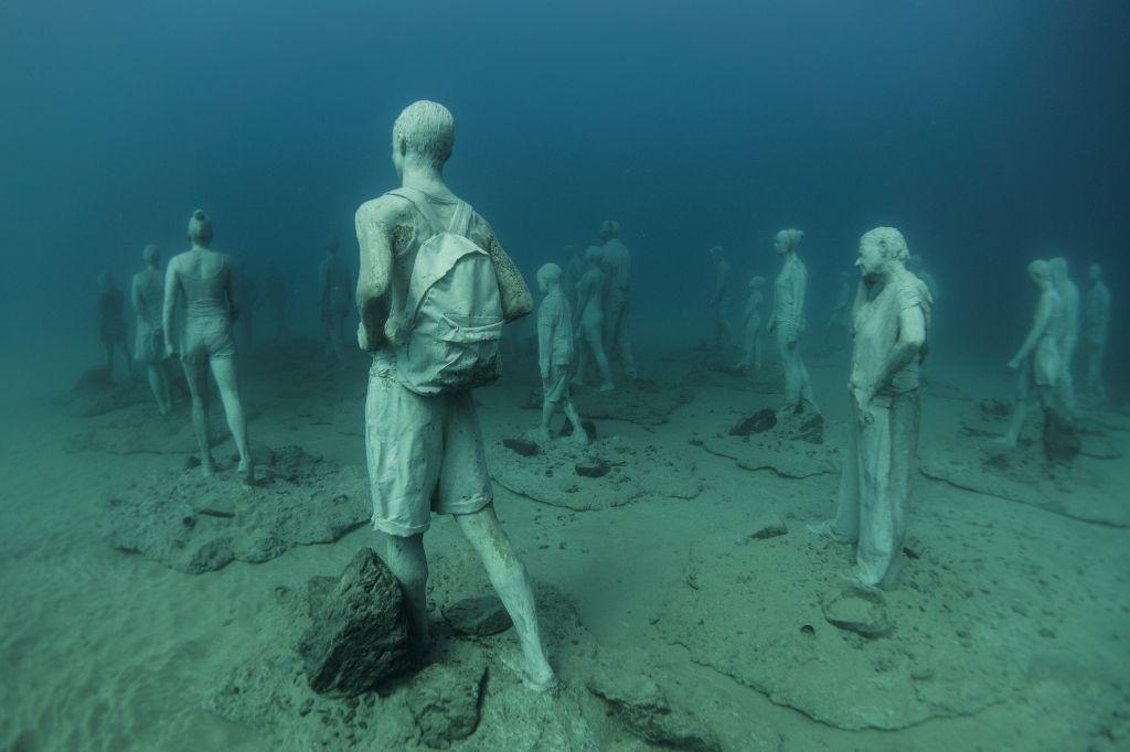 Jason_deCaires_Taylor_sculpture-under water Museum-02585