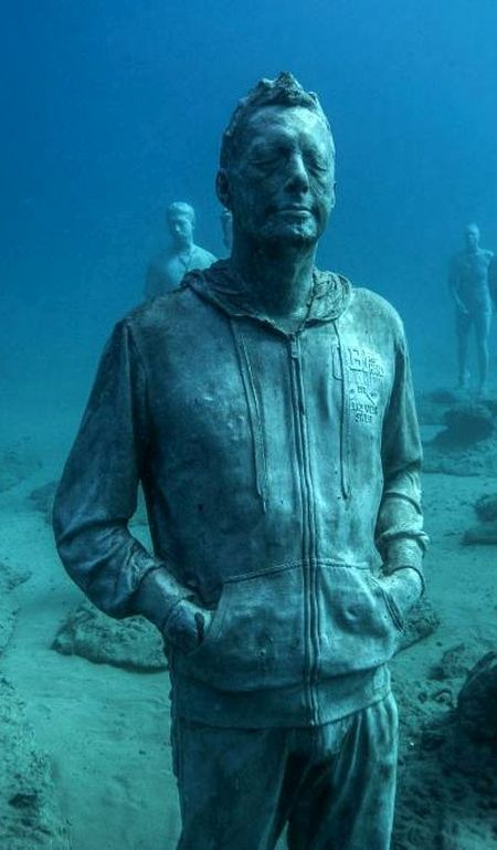 The Rubicon At Museo Atlantico By Jason DeCaires Taylor — Stunning Underwater Sculptures Off The Coast Of Lanzarote, Spain