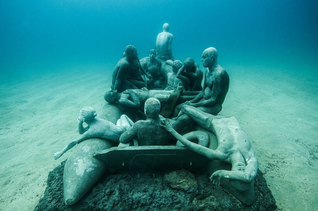 Jason_deCaires_Taylor_sculpture-under water museum-02535